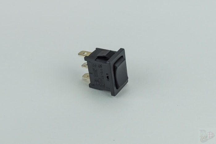 switch 3-pins